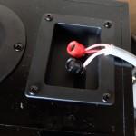 スピーカーケーブルを4芯の太いのに交換した効果レビュー中低音がクリアでハッキリとした