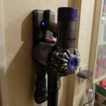 軽い!ダイソン最新コードレス掃除機がスゴイ我が家では好評化Dyson V6 Motorhead SV07MH