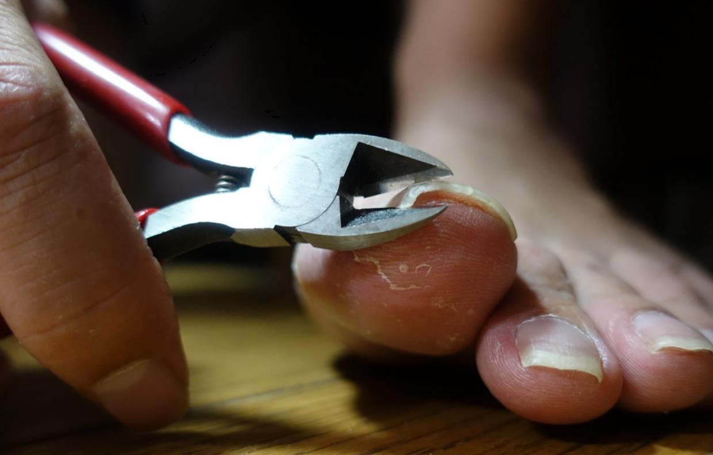 爪が硬い人用の爪切り