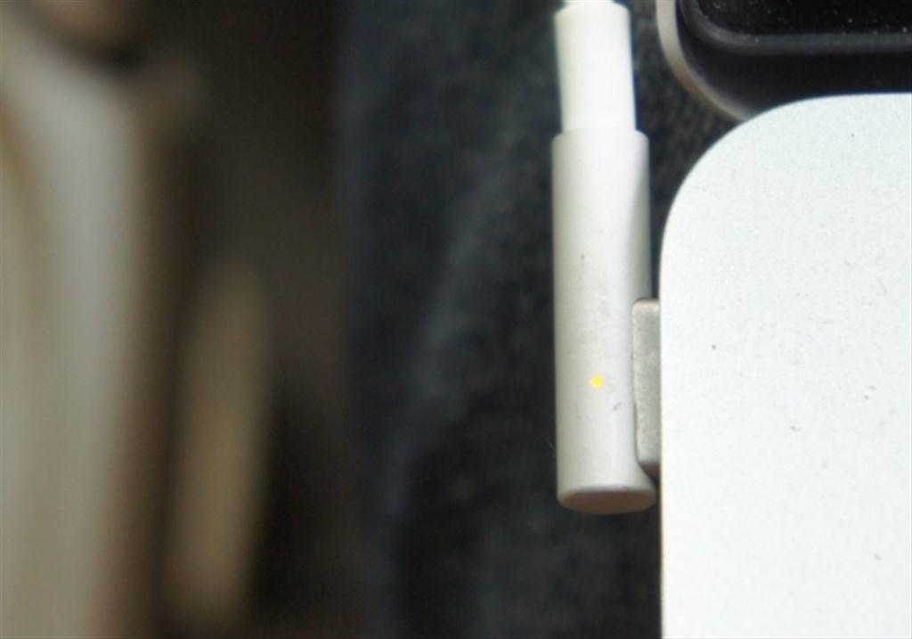 MacBook Pro車載充電器を求めて〜DCACコンバーターに電源接続で充電できたけど...