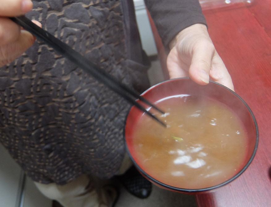 アマノフーズのフリーズドライ味噌汁しじみ貝殻入り