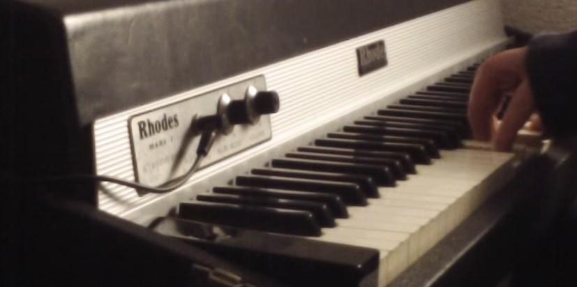 ローズ・ピアノの音Fender Rhodesほかエレピの愛おしいアナログ電子サウンド動画まとめ