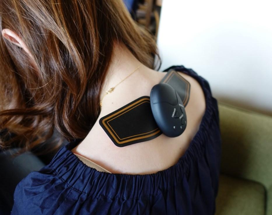 SIXPADみたいな腰痛と肩こりに効くEMS(Amazonの中国製)をマッサージ機として使う