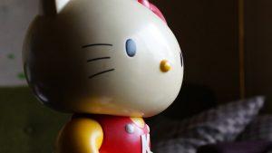 ハローキティ大きな人形型貯金箱(非売品)の写真ヴィンテージフィギュア