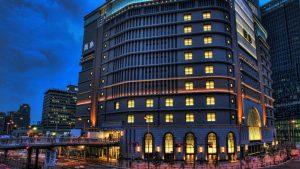 梅田大阪駅周辺再開発の風景|夜景スナップ写真HDR