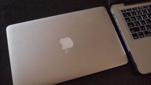 MacBook Air11インチ64GBSSDと2GBメモリーで十分速い