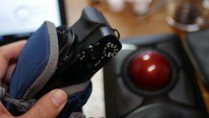 RX100M5にジャストフィットのポーチLowepro デジタルカメラケース