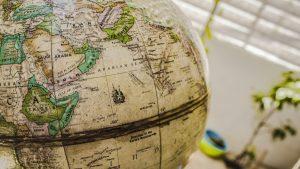 【中学社会のテスト】世界地図の種類「航空機向け」「航海向け」「面積が正しい」など3種